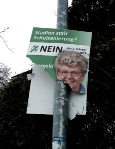 Zerstörte Plakate