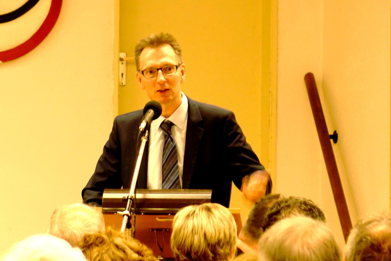 Vortrag von Daniel Fuhrhop (Bild: Dr. W. Deppert)