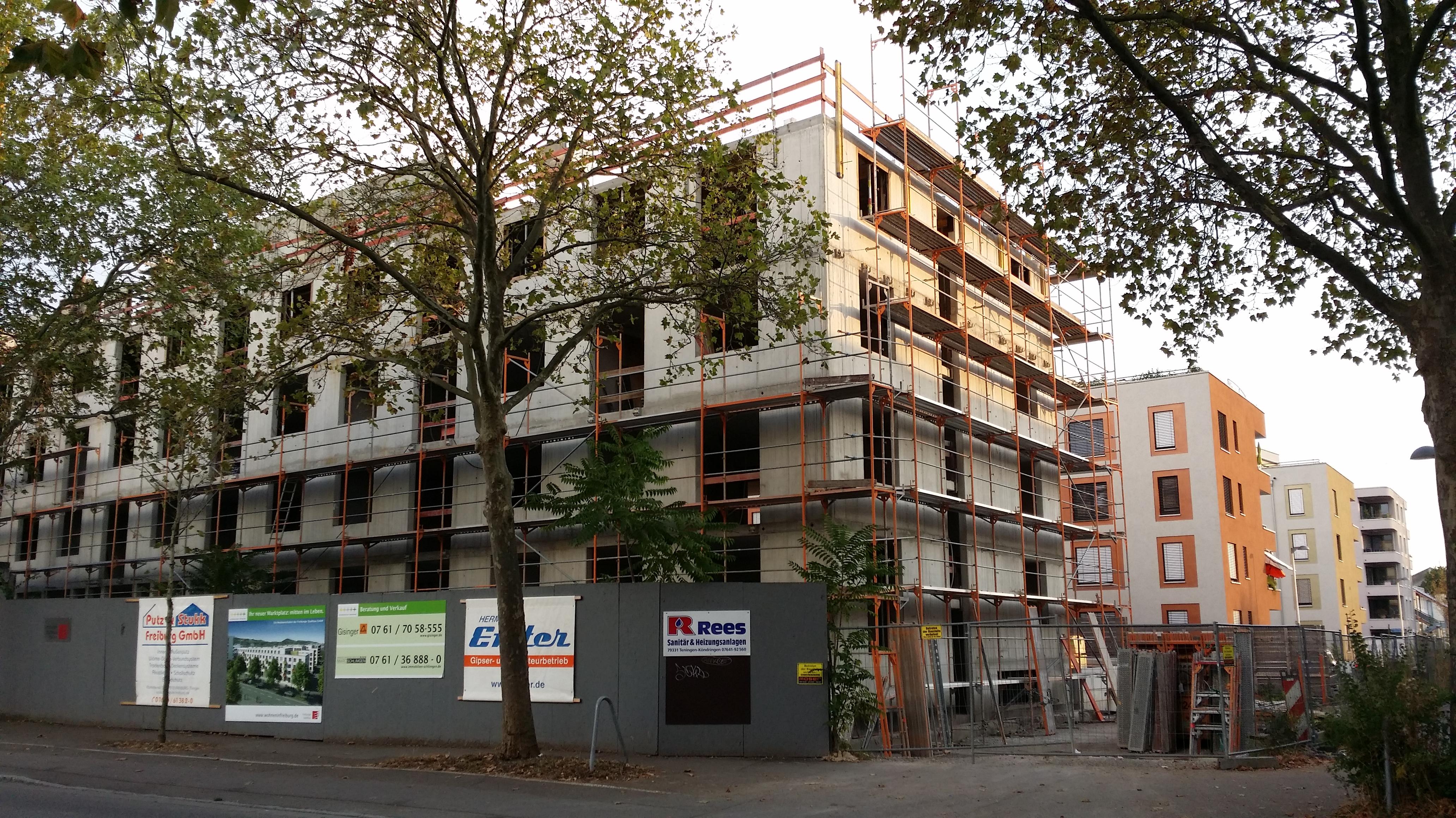 Zugebaute Stadt: Hier in der Elsässer Straße.