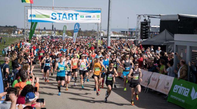 Politischer und realer Marathon-Lauf
